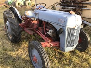 ATTENTION NEW DATE)! UNRESERVED FARM EQUIPMENT AUCTION FOR